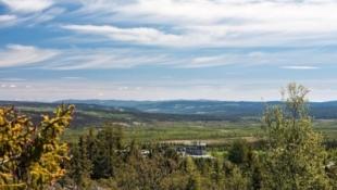 Hyttetomter med prosjekterte hytter i Bjødnalie. Flott/vid utsikt og gode solforhold. Fullstandard tomter m/helårsvei.