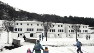 Store familieboliger, med 5 soverom og 2 stuer, på den fineste tomten i Kleivane