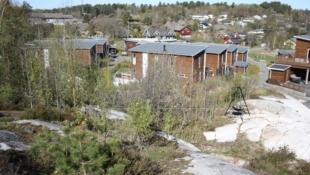 Vesterøya / Husebygrenda - Flott tomt beliggende i en blindvei som grenser til friareal
