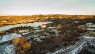 INGEBORGVIKA | Tomt 4 | Byggeklar boligtomt - Flott utsikt - Nærhet til sjø - Etablert boligområde | Utemøbleringspakke følger med ved kjøp av tomt og bolig i kampanjeperioden*