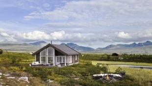 Nydelig familiehytte med 3 soverom, mulighet for hems. Fantastisk utsikt mot Rondane